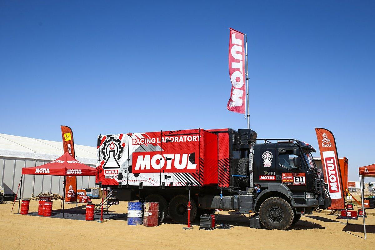 Laboratorio de Motul Racing en el Dakar 2021