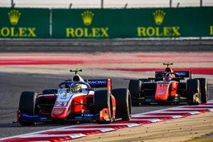 Robert Shwartzman, Prema Racing precede Felipe Drugovich, MP Motorsport
