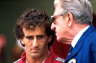 Alain Prost, McLaren Honda e FISA President Jean-Marie Balestre, al GP di San Marino del 1989