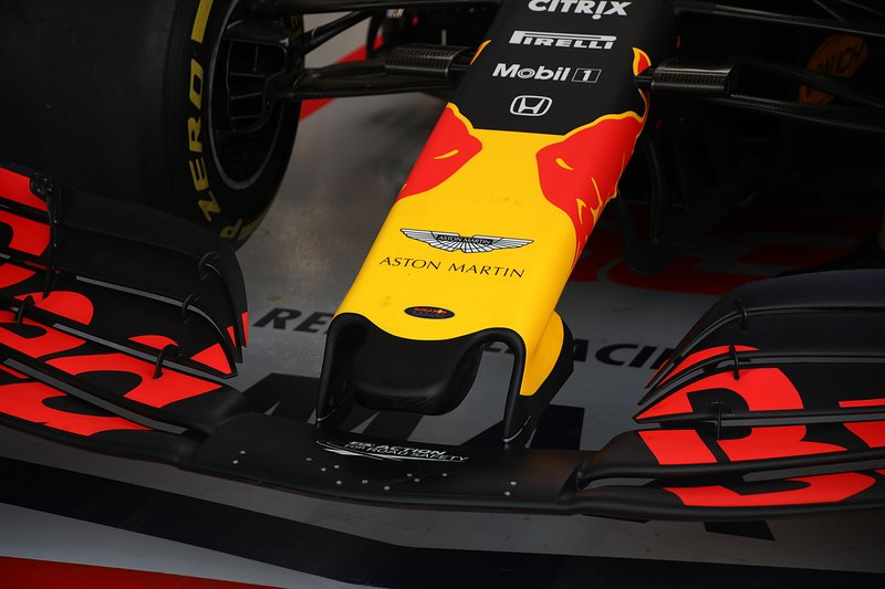 Red Bull Racing RB15, front wing detail