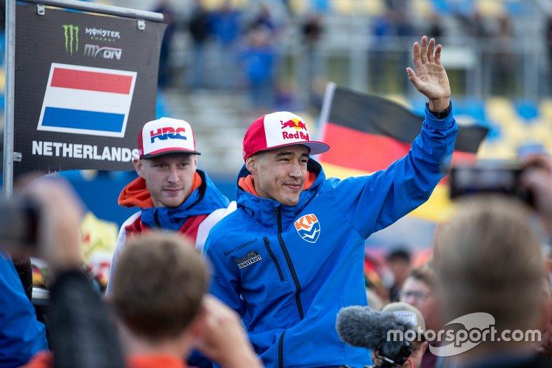 8. Hij was de topscorer van Team NL tijdens de Motocross of Nations en eindigde derde in het WK. Wie zoeken we?