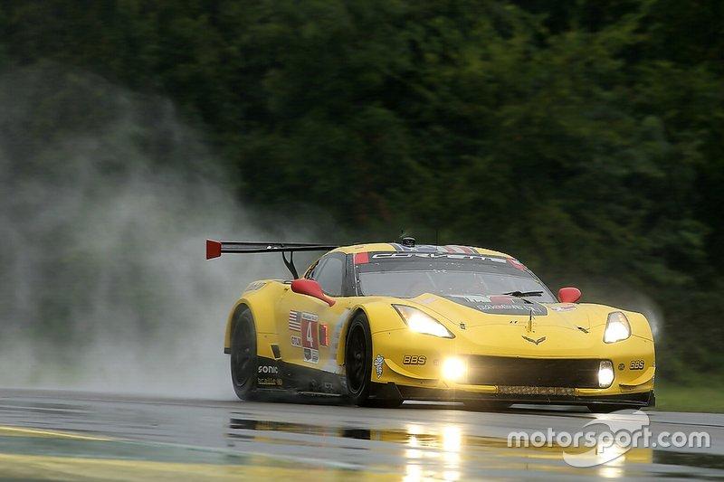 #4 Corvette Racing Corvette C7.R, GTLM: Oliver Gavin, Marcel Fässler
