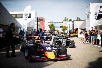 Yuki Tsunoda, Jenzer Motorsport and Felipe Drugovich, Carlin Buzz Racing
