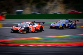 #17 Belgian Audi Club Team WRT Audi R8 LMS GT3 2019: Shae Davies, Paul Petit, Alex MacDowall