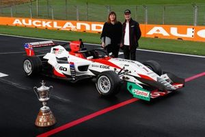 Deborah Day, NZIGP and Mark Whittaker, Toyota Gazoo Racing New Zealand