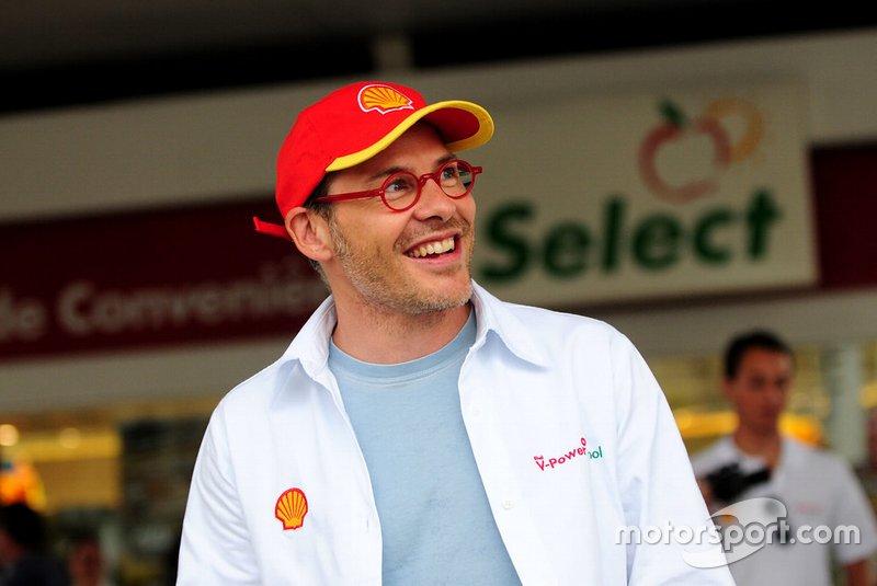 Em 2011, a Corrida do Milhão teve a ilustre presença de Jacques Villeneuve