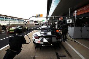 Томас Прaйнинг, Джанлука Жироди и Рикардо Санчес, Dempsey-Proton Racing, Porsche 911 RSR (№88)