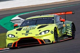 #97 Aston Martin Racing Aston Martin Vantage: Alex Lynn, Maxime Martin