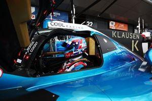 Автомобиль Oreca 07 (№42) команды Cool Racing