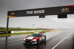 Jordan Cox, Wall Racing Honda Civic Type R TCR