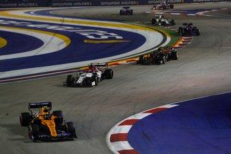 Lando Norris, McLaren MCL34, leads Antonio Giovinazzi, Alfa Romeo Racing C38, Kevin Magnussen, Haas F1 Team VF-19, and Pierre Gasly, Toro Rosso STR14
