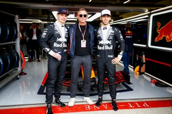 Max Verstappen, Red Bull Racing, Daniel Craig, acteur en Pierre Gasly, Red Bull Racing
