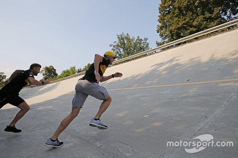 Nico Hulkenberg, Renault F1 Team, entrenando