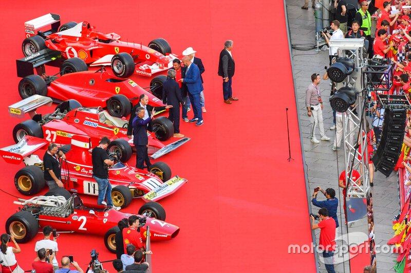 Former Ferrari F1 drivers amongst some classic Ferrari F1 cars