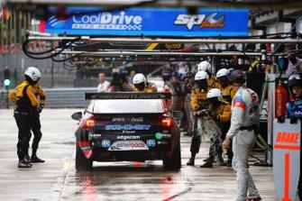 Feuer: Nick Percat, Brad Jones Racing Holden