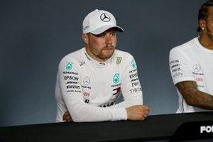 Valtteri Bottas, Mercedes AMG F1, tijdens de persconferentie na de kwalificatie