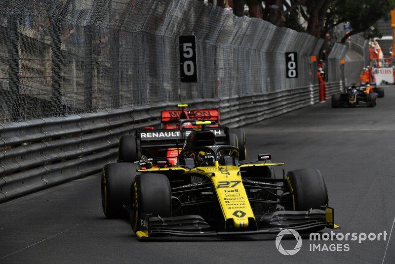 Nico Hulkenberg, Renault R.S. 19, Charles Leclerc, Ferrari SF90