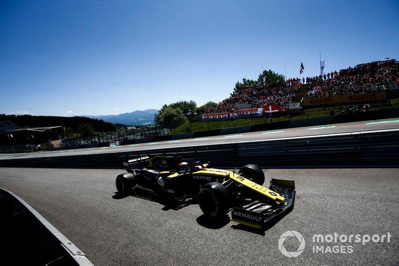 12 - Daniel Ricciardo, Renault F1 Team R.S.19