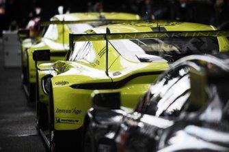 Автомобиль Aston Martin Vantage GTE
