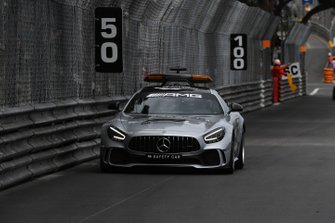 The Safety Car comes in