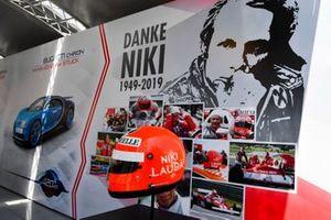 Helmet of Niki Lauda on display