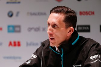 James Barclay, Team Director, Panasonic Jaguar Racing, in de persconferentie
