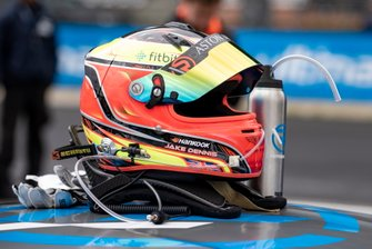 Casque de Jake Dennis, R-Motorsport