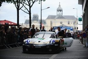 #91 Porsche GT Team Porsche 911 RSR