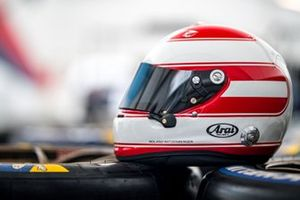 Philipp Eng helmet design as a tribute to Roland Ratzenberger