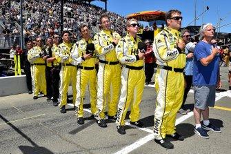 William Byron, Hendrick Motorsports, Chevrolet Camaro Hertz crew