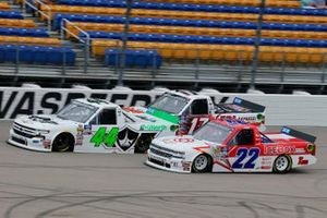 \ Ross Chastain, Niece Motorsports, Chevrolet Silverado TruNorth/Paul Jr. Designs, Austin Wayne Self, AM Racing, Chevrolet Silverado GO TEXAN/ ICEBOX Helmet Coolers and Raphael Lessard, DGR-Crosley, Toyota Tundra RESEAU Dynamique.com / FRL Express INC.