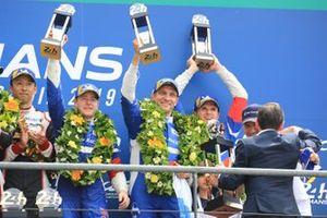 Terceros: #11 SMP Racing BR Engineering BR1: Mikhail Aleshin, Vitaly Petrov, Stoffel Vandoorne