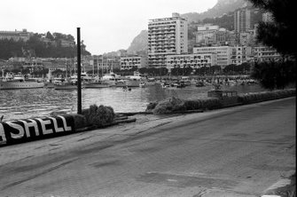 The damaged hay bales indicate where Paul Hawkins spun his Lotus 33 into the Monaco harbour