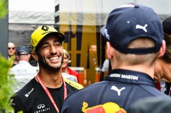 Daniel Ricciardo, Renault F1 Team and Max Verstappen, Red Bull Racing