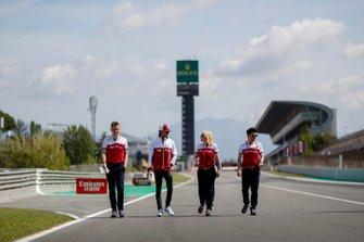 Antonio Giovinazzi, Alfa Romeo Racing walks the track