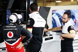 Neel Jani, Porsche, in the garage