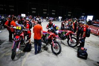 #7 Monster Energy Honda Team: Kevin Benavides, #12 Monster Energy Honda Team: Joan Barreda Bort