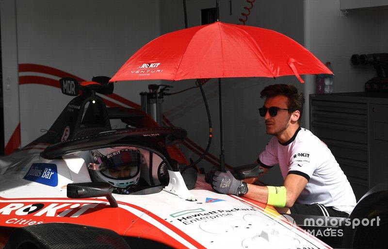 Edoardo Mortara, Venturi in the garage
