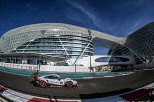 #19 GPX Racing Porsche 911 GT3 R: Stuart Hall, Benji Goethe, Jordan Grogor