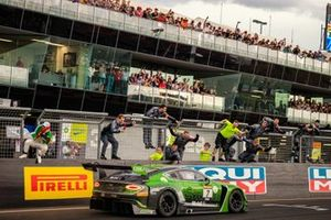 Winnaar #7 Bentley Team M-Sport Bentley Continental GT3: Jules Gounon, Maxime Soulet, Jordan Pepper