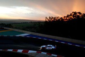 #36 Walkenhorst Motorsport BMW M6 GT3: Michael Von Rooyen, Gennaro Bonafede, Henry Walkenhorst