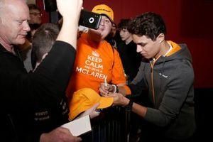 Lando Norris, McLaren signs autographs for fans