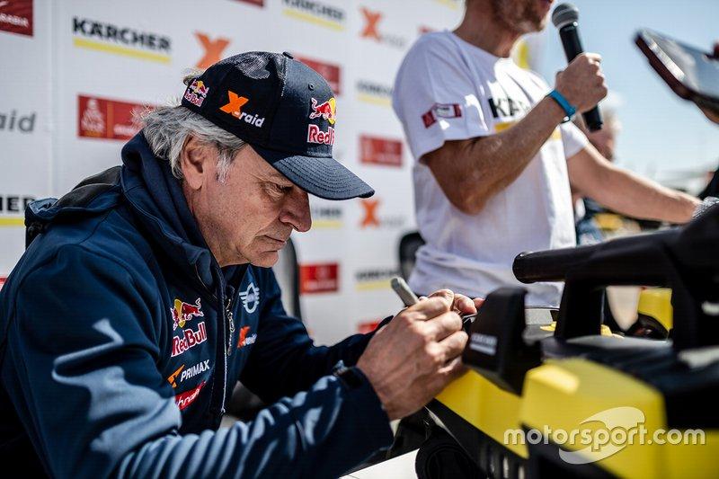 Carlos Sainz en la rueda de prensa de Karcher