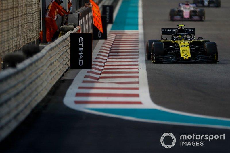Nico Hulkenberg, Renault F1 Team R.S. 19, Sergio Pérez, Racing Point RP19