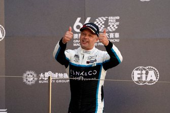 Podio: Andy Priaulx, Cyan Performance Lynk & Co 03 TCR
