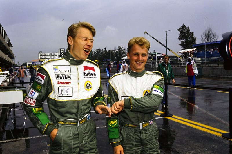 Mika Häkkinen met Johnny Herbert, Team Lotus