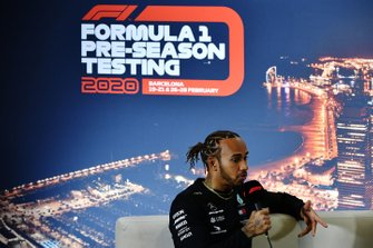 Lewis Hamilton, Mercedes-AMG Petronas F1 in de persconferentie