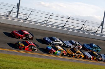 Double-File-Racing in Daytona