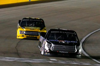 Raphael Lessard, Kyle Busch Motorsports, Toyota Tundra Mobil 1 and Grant Enfinger, ThorSport Racing, Ford F-150 Protect the Harvest/Curb Records