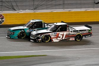 Johnny Sauter, ThorSport Racing, Ford F-150 Tenda, Kyle Busch, Kyle Busch Motorsports, Toyota Tundra Cessna